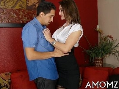 fuck  licking  mom  mommy  sexy
