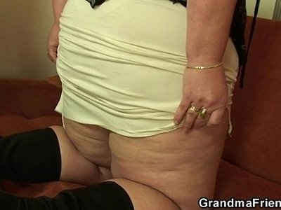 cock  lady  mommy  plump  young